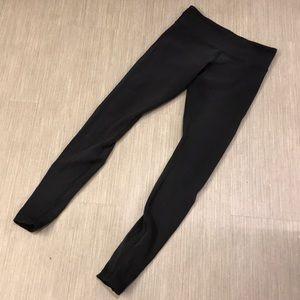 Lululemon black leggings 6